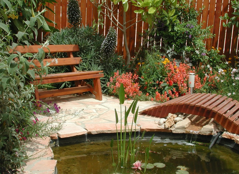 Backyard Pond Landscaping Ideas Pool Design Ideas