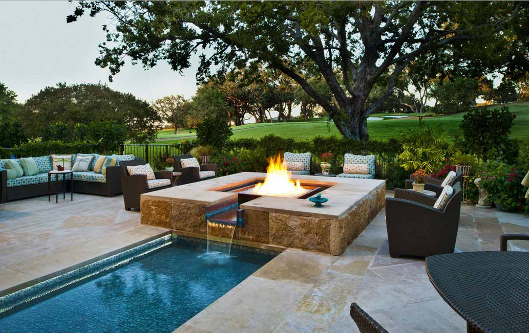 Beautiful backyard pools pool design ideas for Pool design for small backyards