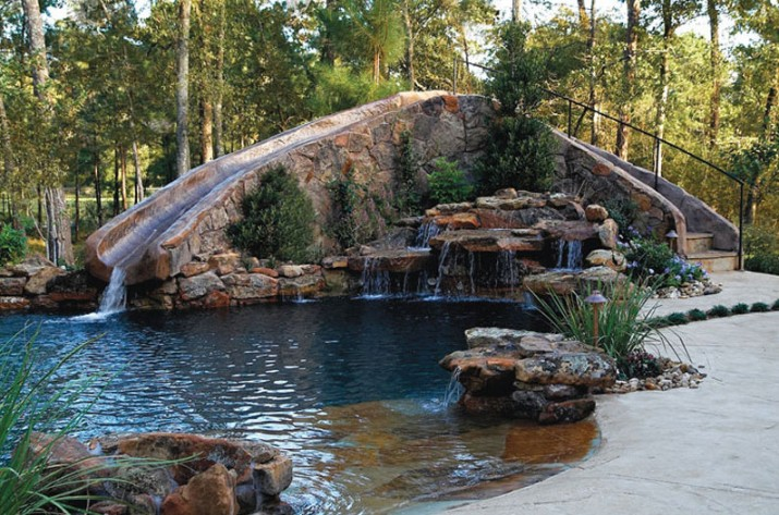 Custom Backyard Pools