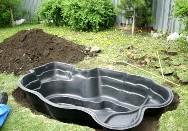 Garden pond ideas for small gardens pool design ideas for Cheap pond ideas