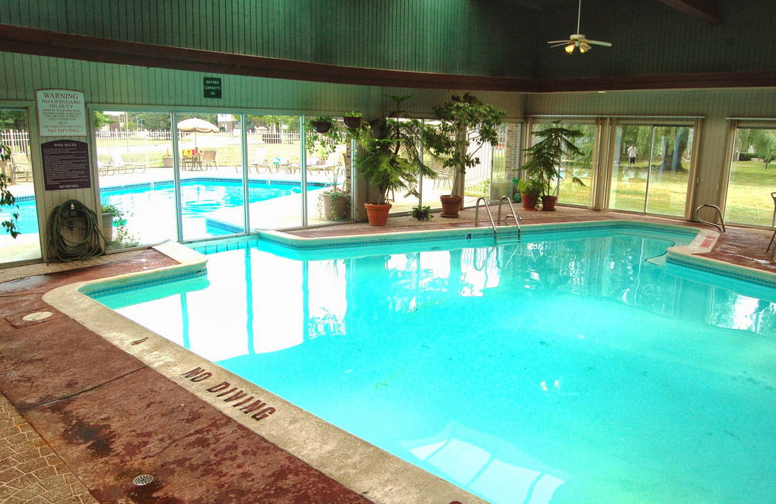 Indoor outdoor swimming pool design pool design ideas for House design with swimming pool