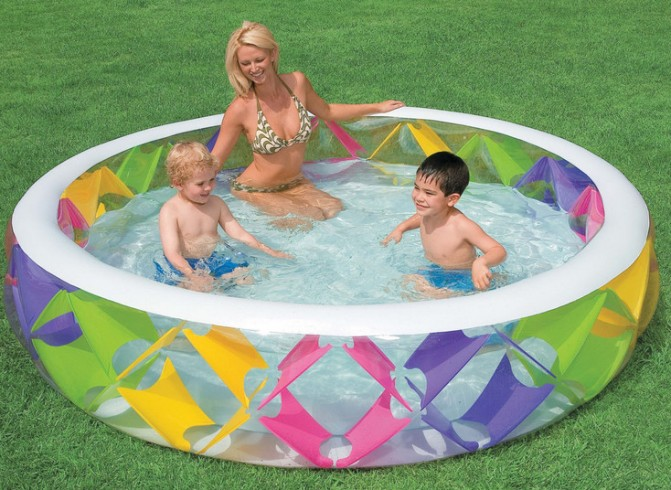 Inflatable Wading Pool