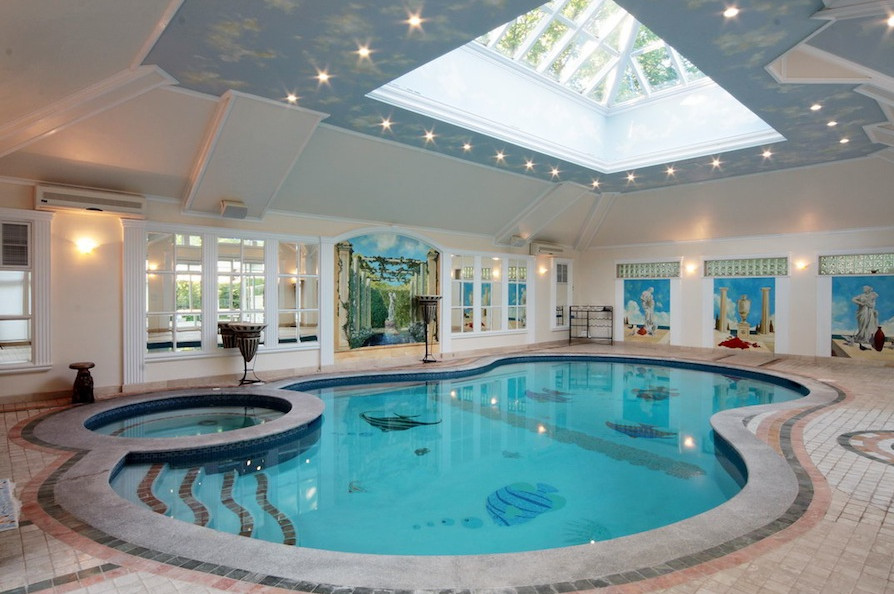 luxury houses with pools
