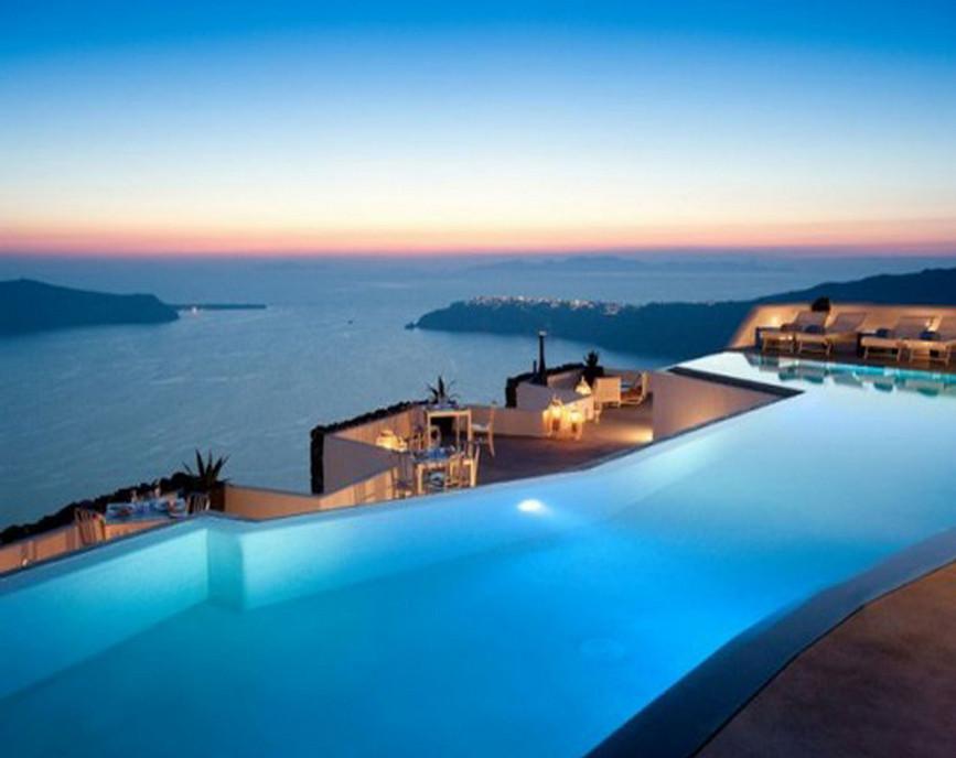 Luxury Infinity Pools