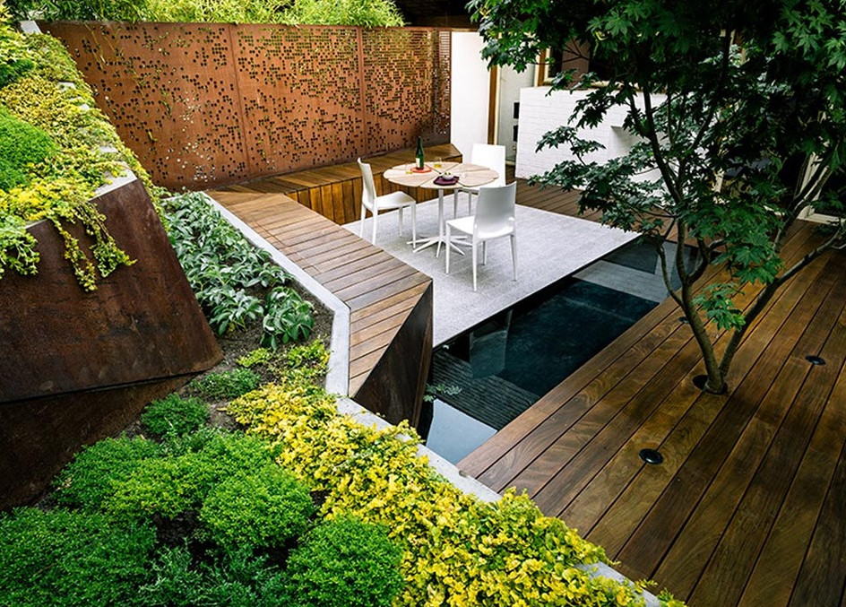 Modern pond construction pool design ideas for Modern garden pond designs
