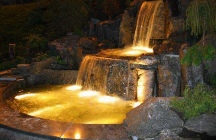 Pond Designs With Waterfalls