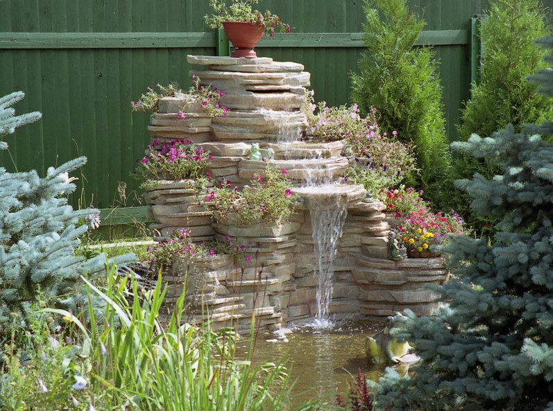 Ponds and Waterfalls for the Backyard