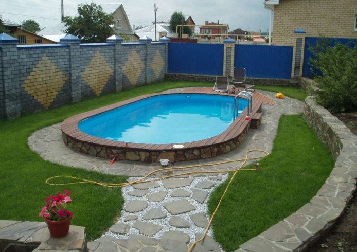 Small Backyard Swimming Pool Pictures