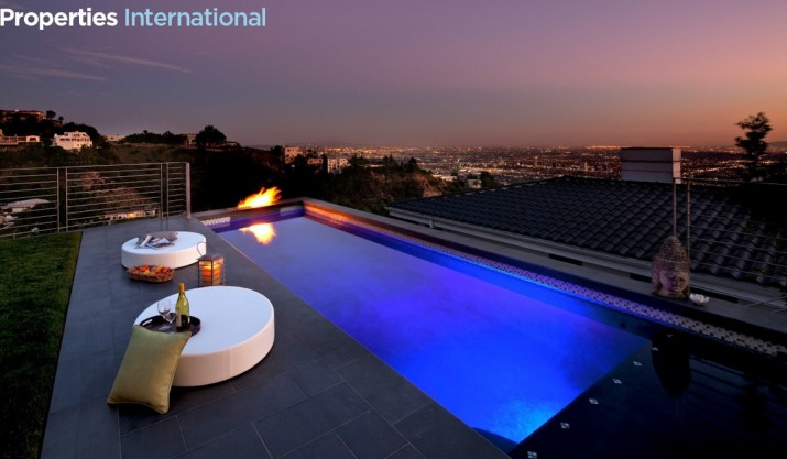 Small Modern Pool Designs