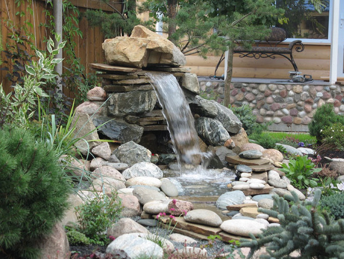 Small water feature design ideas pool design ideas for Water feature design