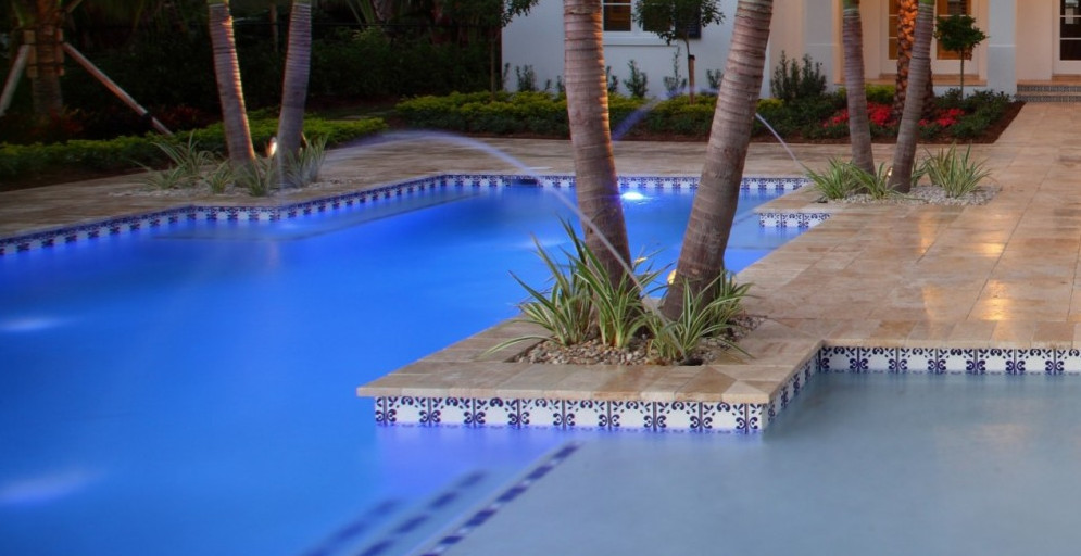 Swimming pool tile ideas pool design ideas for Pool tile designs