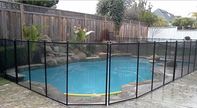 Best pool fence for safety design ideas