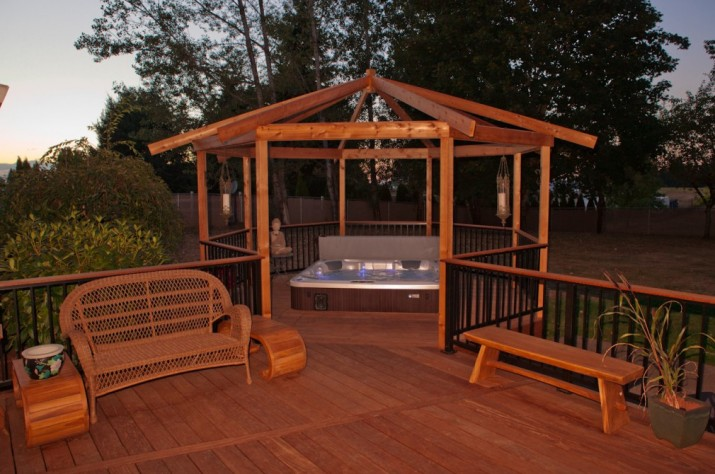 deck design ideas with hot tub