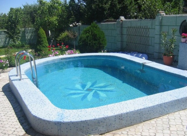 Semi inground pool pictures joy studio design gallery for Inground pool dealers near me