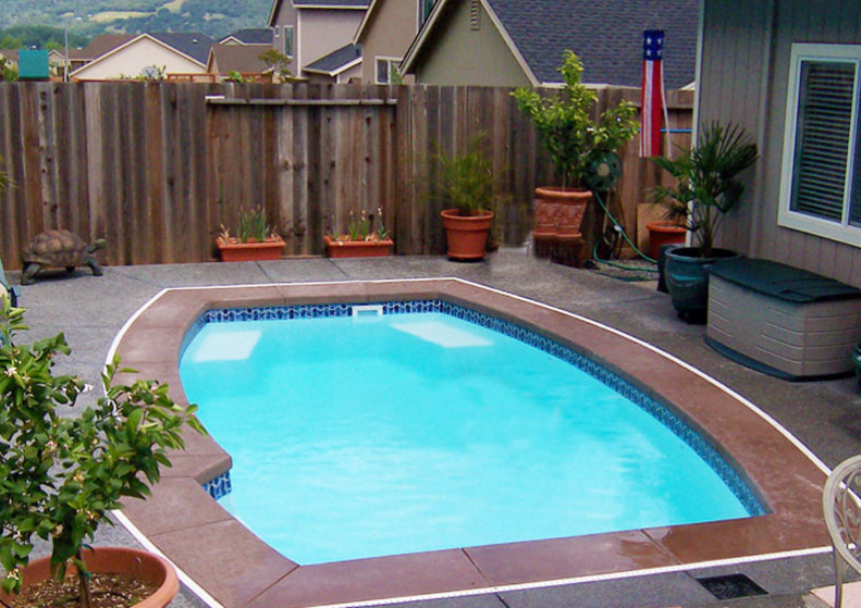 Small yard inground pool video search engine at for Small pools for small yards