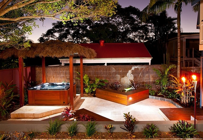 Luxury Outdoor Jacuzzi