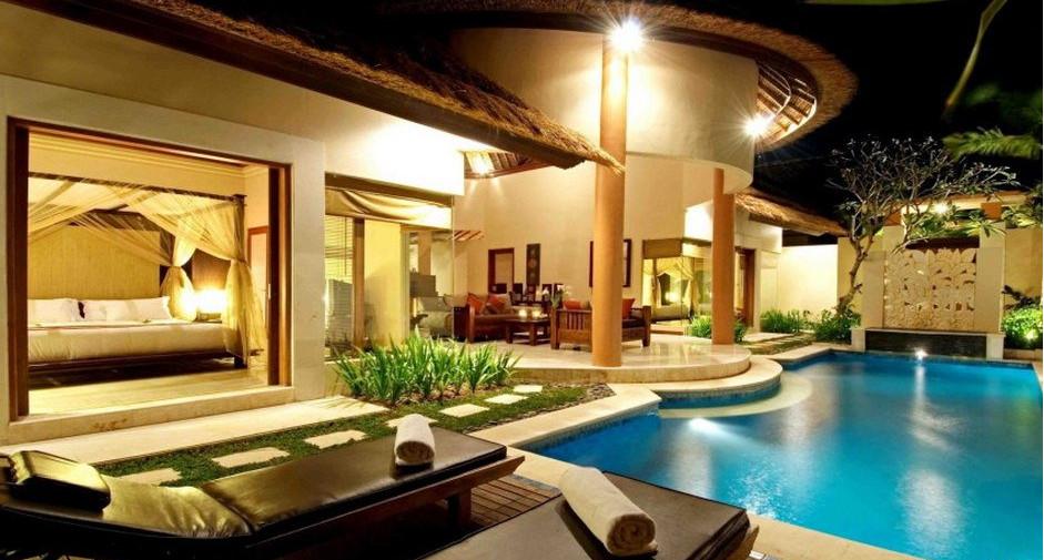 Luxury Pool House