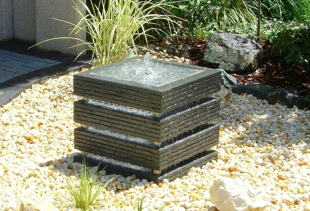 Four useful outdoor fountain design ideas for great for Outdoor patio fountains