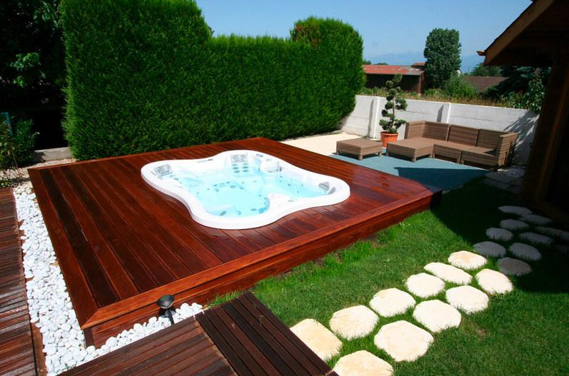 Backyard Jacuzzi Landscaping : Backyard Spa Ideas Outdoor Spa Landscaping Ideas