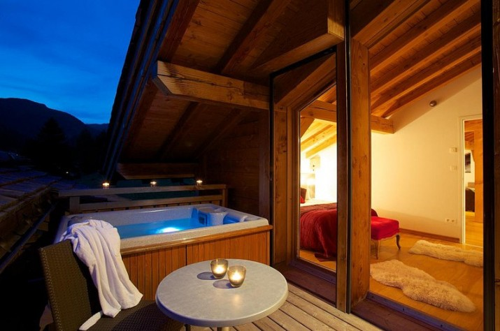Pictures of Above Ground Hot Tubs