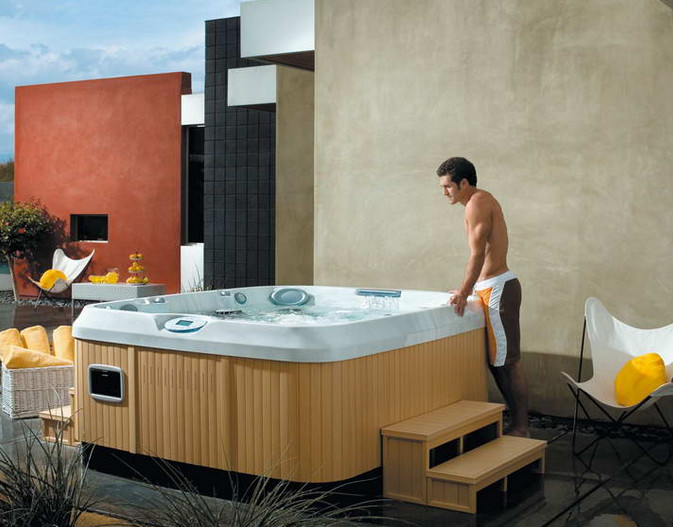 Pictures of Outdoor Hot Tubs
