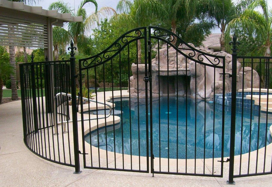 Pool fence ideas pictures pool design ideas for Above ground pool gate ideas