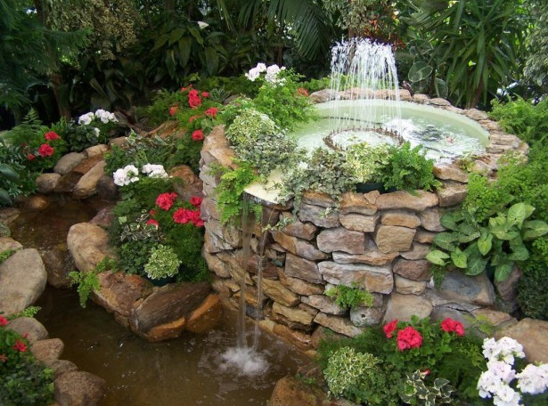 Waterfall designs for small ponds pool design ideas for Fish pond fountain design