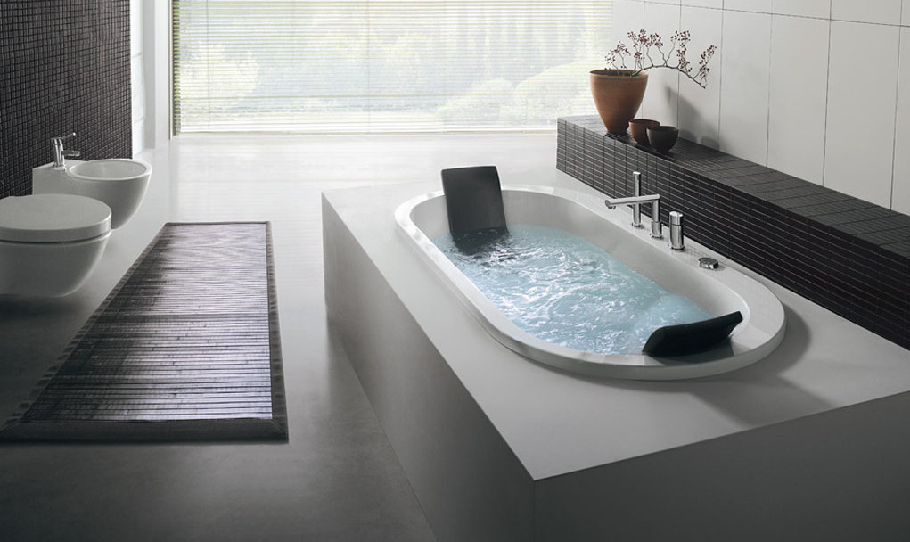 What is the Best Hot Tub