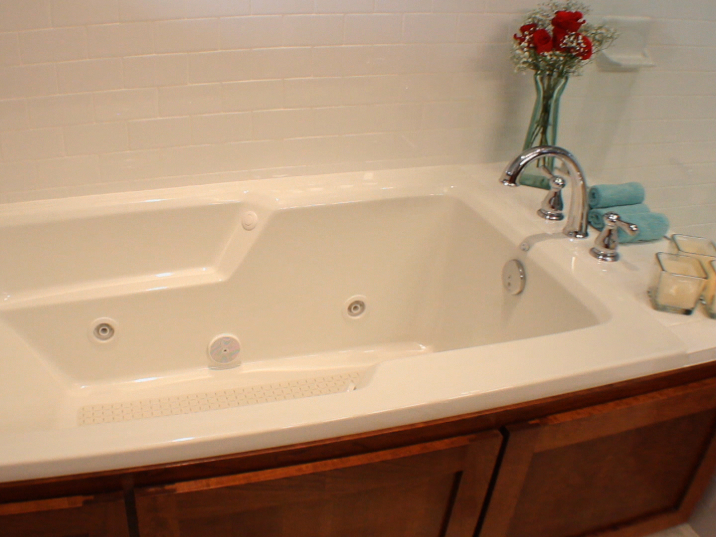 How much to refinish a bathtub 28 images reglaze for Bathtub refinishing