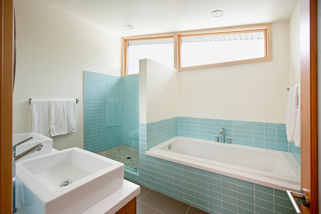 Small Corner Baths